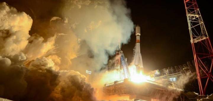 Россия ракета стартует