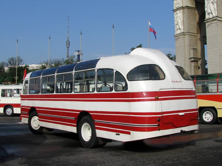 ЛАЗ-695Е